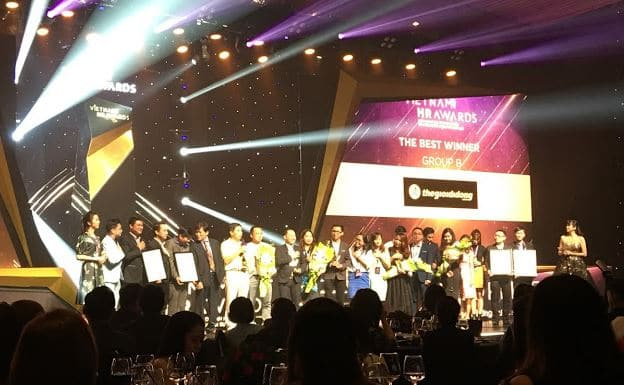 Thế giới Di động nhận giải chung cuộc Vietnam HR Awards
