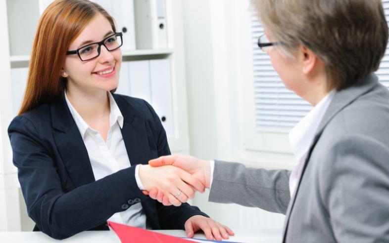 cách giao tiếp khách hàng hiệu quả