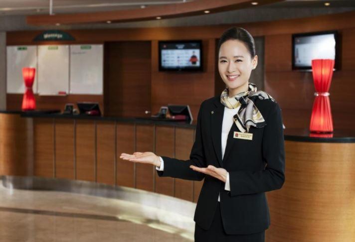 mô tả công việc lễ tân khách sạn